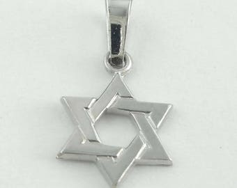 Estate 14Kt White Gold Jewish Star Shield or Magen of David Pendant Charm Judaica