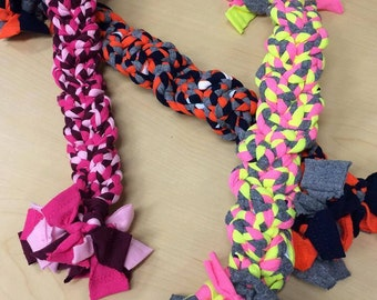 Toys for pets made from recycled t-shirts! Dogs, cats and any other type of fun-loving creatures will love these!- Large Toys