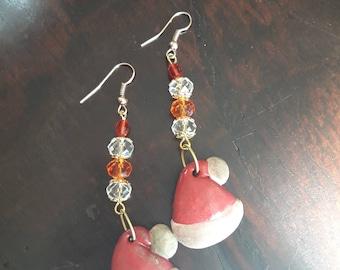 Boucles d'oreilles fimo avec chapeaux de Santa-
