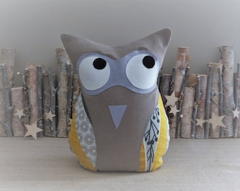 Hold door OWL yellow and taupe fabric