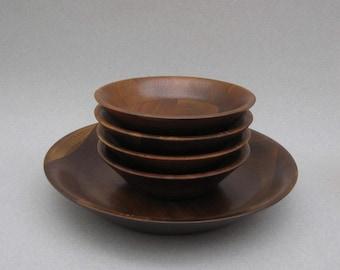 Vermillion Walnut Salad Bowls 1950s Vintage Real Walnut Wood Mid Century Modern Shallow Bowls 5 Piece Set