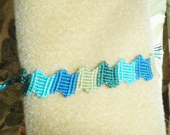 Macrame bracelet, tropical jewelry, knotted jewelry, beach accessories