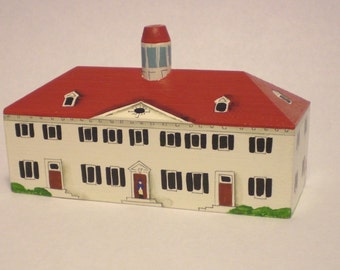 Mount Vernon Ornament, home of George Washington, hand painted on wood