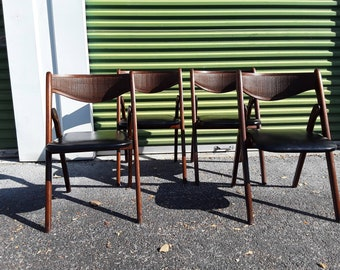 Set of 4 mid century folding chairs