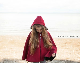 Traveller Cape - Unisex PDF Sewing Pattern