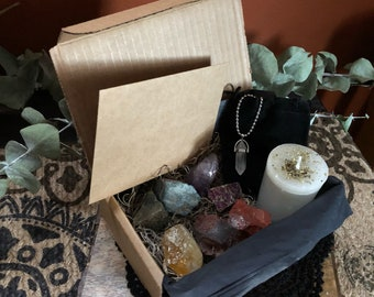Crystal Healing & Balancing Kit - 7 Raw Chakra Crystals - Healing Stones - Witchcraft - Powerful - Chakras - Yoga - Kundalini - Crystal Kit