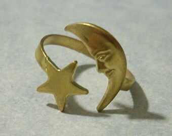 Vintage Brass Crescent Moon and Star Ring Adjustable Half Moon Ring