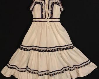 Vintage 70's Gunne Sax Dress