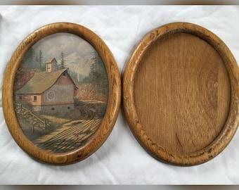 Two Frames, Vintage Oval Frames, Wood Frames, Vintage Frames
