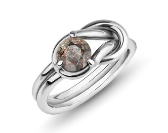 Meteorite Ring in silver (Diamond cut, Love Knot, Heracles Knot)