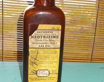 Vintage Brown Apothecary / Medicine Bottle-NEOTRIZINE-Ely Lilly-Metal Top-Empty