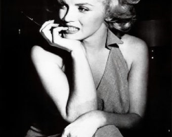 Marilyn Monroe*Stunning*Choice of a  Canvas paper print or photo paper acid free bright white