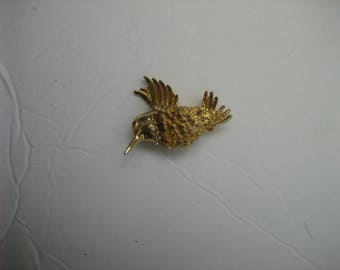 Vintage Women's Unsigned Gold-tone Feathered Bird Brooch Pin w/ Rhinestones