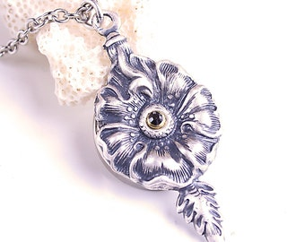 Poison Flower Necklace Hidden Compartment Secret Compartment Necklace Secret Stash