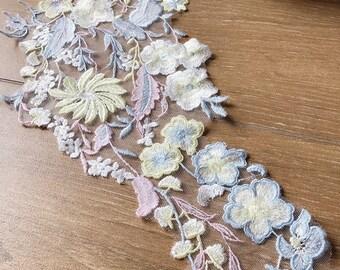 Colorful lace applique