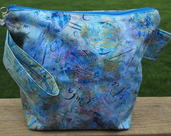 Batik Knit & Purl Print Zippered Pouch Knitting Project Bag/ Pockets