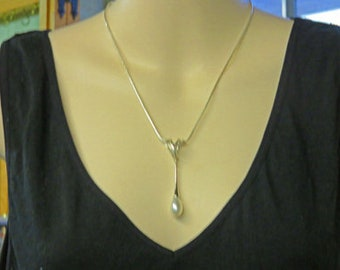Pearl Drop Necklace - 10 1/2 Inch Sterling Silver and Pearl Necklace - Teardrop Briolette Pearl