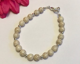 white howlite, beaded bracelet, 7 inches, silver lobster clasp, new