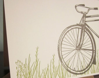 Fahrrad im Gras - 24-Pack Letterpress gedruckt Grußkarten