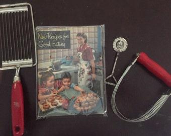 Crisco 1949 cook book with pie crimper/bottle opener dough n potato utensils red wood handles