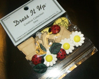 Daisy and Planter Buttons