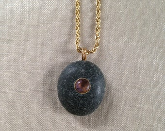 Beach stone necklace/pendant with amethyst