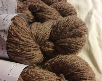 Recycled cashmere yarn, lace, light brown