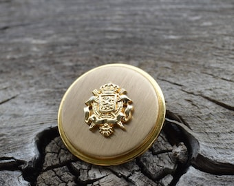 """14 Brass High End Suit Buttons Crown, below a  Shield with lion rearing up on their hind legs in a fighting stance 7 of 7/8"""",7 of  5/8"""""""