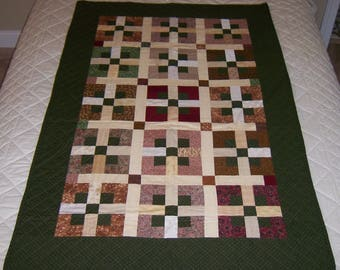 Block Pattern Quilt, Small Quilt, Hand Stitched Quilt, Accent Quilt, Sofa Quilt, Wall Art Quilt, Hunter Green Quilt
