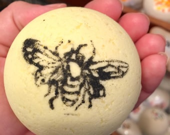 Bee Happy Bath Bomb w/ Emoji earrings. Spa gift. Bumble Bee. Smiley Face. Gifts for girls. Gifts under 15. Yellow. Bath bomb surprise. Kids.