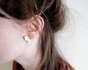 minimal stud earrings, double leaf stud earrings