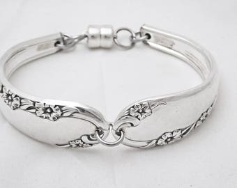 Spoon bracelet, floral pattern silverware jewelry, upcycled, gift for her, free gift box, ready to ship, free shipping
