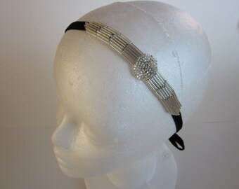 1920s headpiece, silver headband, flapper headband, Art Deco fascinator, great gatsby headpiece, beaded headband, flapper dress, velvet