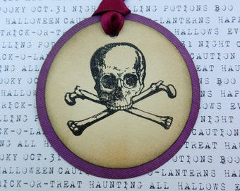Skull and Crossbones Tag, Halloween Tag, Treat Tag, Handmade Tag, Creepy Tag