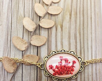 mother of the bride jewelry gift, Red bracelet, Pressed flower gifts for mom, real flower jewelry, red flower bracelet, nature bracelet,
