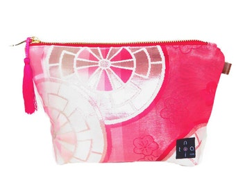 "Japanese Kimono Pouch  ""Sakura Pink"" / zipper pouch/ make up purse / big pouch"
