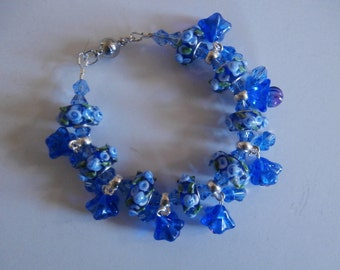 """Sale -  7 1/2"""" Famous Murano Lampwork and Checz glass beads bracelet"""
