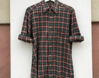 Mens plaid Green red Buttondown Shirt