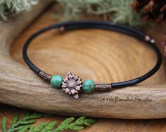 Turquoise Sunflower Cuff Bracelet, Turquoise Bracelet, Sunflower Bracelet, Memory Wire Bracelet, Cuff Bracelet, Adjustable Bracelet, Bangle