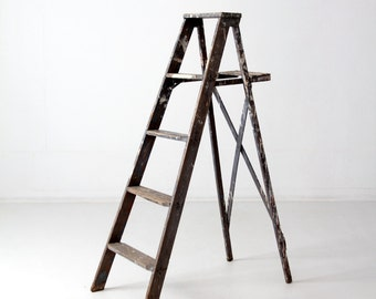 vintage painter's ladder, gray wood ladder 4.5 feet