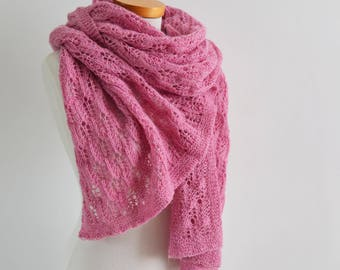 Lace knitted shawl, pink, Q542