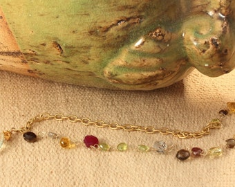 assymetrical semiprecious stones necklace