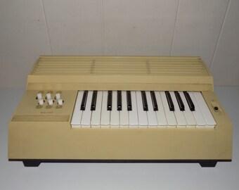 Vintage Tabletop Organ Portable Piano