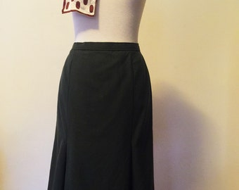 Classic '80s Box-Pleated Pencil Skirt