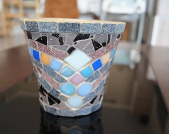 Cache pot mosaic interior / exterior