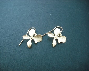 orchid flower earring - matte 16K yellow gold plated