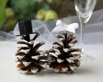 Mr and Mrs Pinecones, Winter wedding cake toppers, pinecones toppers, Frosted pinecones, Rustic woodland cake, Mountain Wedding centerpiece