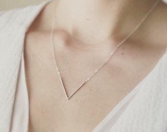 Silver V Necklace/ Minimal V Necklace/ Layered V Necklace/ Simple V Necklace/ Dainty Necklace/ Minimalist Jewelry/ Thin V Necklace