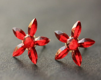 Red Star Flower Earrings. Red Earrings. Silver Stud Earrings. Red Flower Earrings. Post Earrings. Handmade Earrings. Handmade Jewelry.