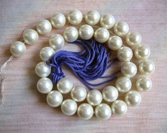 12mm White Color South Sea Shell Pearl Beads - 16 Inch Strand
